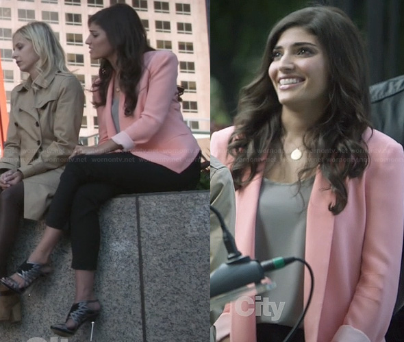 Lauren's pink blazer and silver sandals on The Crazy Ones