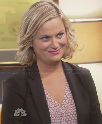 Leslie's honeycomb print blouse on Parks and Recreation