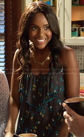 Lynly's floral print ruffle cami on Hart of Dixie