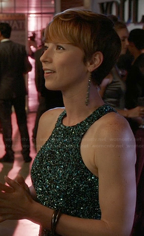 Margaux's green sequin dress on Revenge