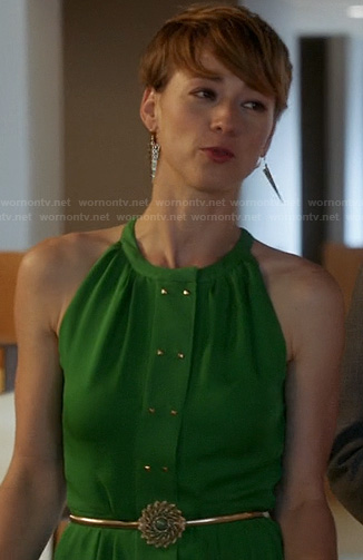 Margaux's green dress with gold studs on Revenge