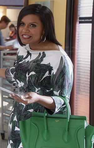 Mindy's white and green printed half-sleeve dress and green purse on The Mindy Project