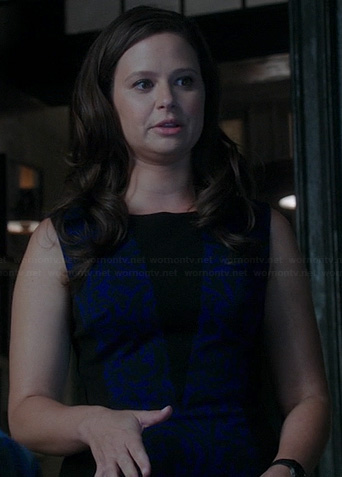 Quinn's blue and black triangle inset dress on Scandal