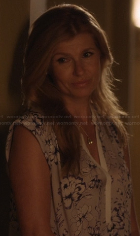 Rayna's grey flower print blouse with white trim on Nashville