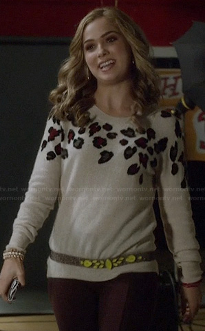 Tess's leopard sweater on Ravenswood