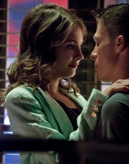 Thea's green lace jacket on Arrow