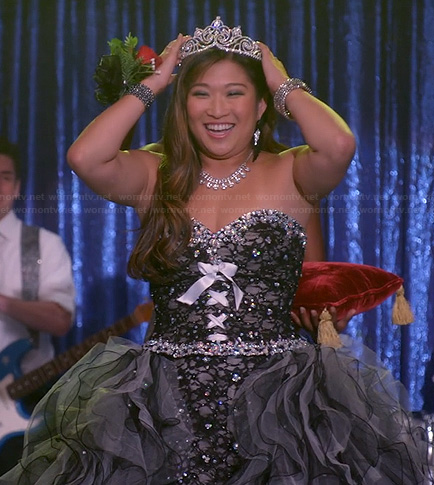 Tina's black ruffled prom dress on Glee