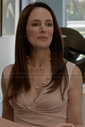 Victoria's light pink pleat detail dress on Revenge