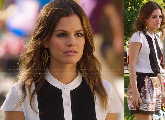 Zoe Hart's white and black front panel blouse on Hart of Dixie