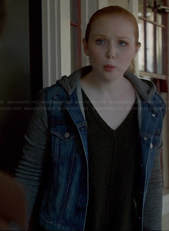 Alexis's denim jacket with grey hoodie and sleeves on Castle