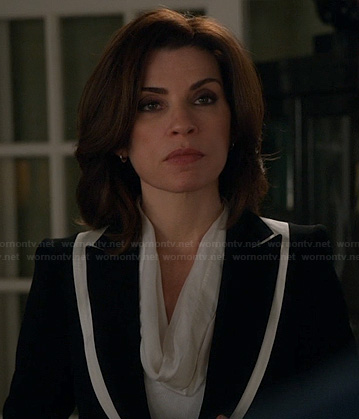 Alicia's black and white layered blazer on The Good Wife