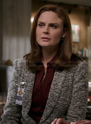 Brennan's black and white tweed jacket on Bones