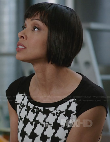 Camille's black and white houndstooth dress on Bones