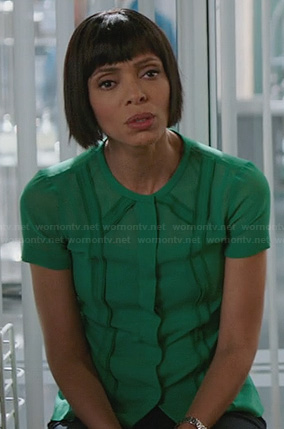 Camille's green short sleeve blouse on Bones