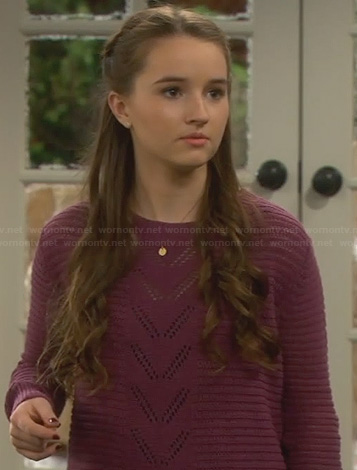 Eve's purple thanksgiving sweater on Last Man Standing