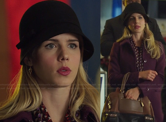 Felicity's burgundy coat and geometric printed scarf on Arrow
