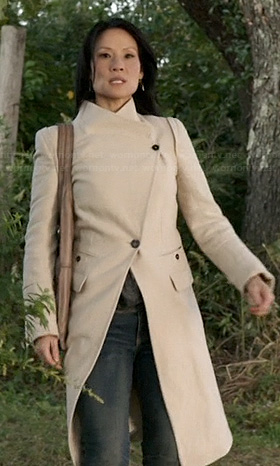 Joan's asymmetric coat on Elementary