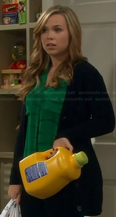Kristin's green blouse on Last Man Standing