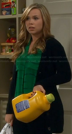 Kristin's green top on Last Man Standing