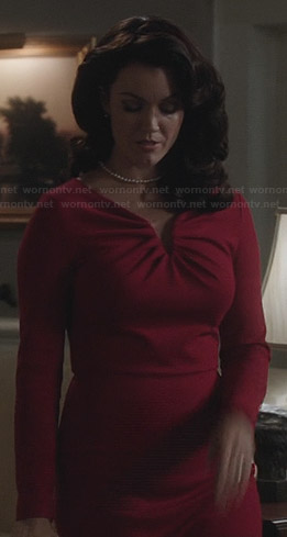 Mellie's red long sleeve dress on Scandal