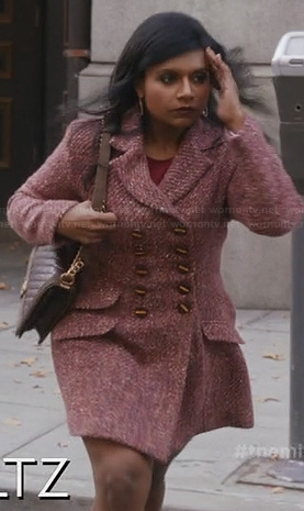 Mindy's pink wool knitted coat on The Mindy Project