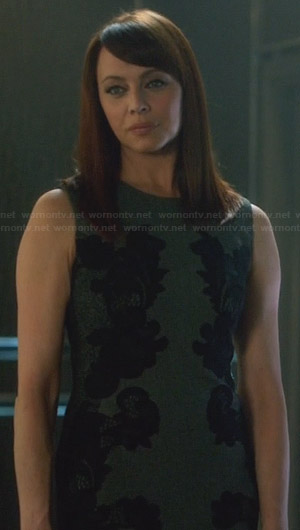 Amanda's grey dress with black lace side detail on Nikita