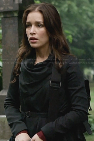 Annie's black draped jacket on Covert Affairs