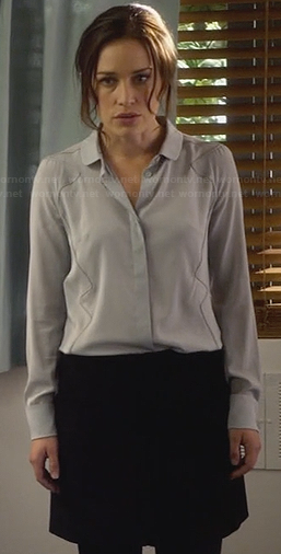 Annie's grey seam detail shirt on Covert Affairs