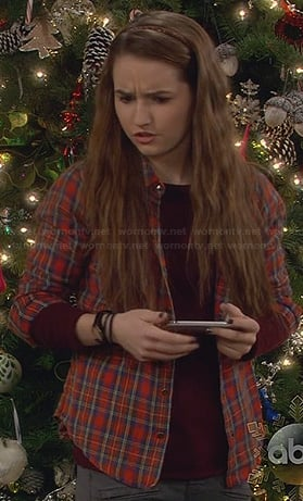 Eve's red plaid shirt on Last Man Standing