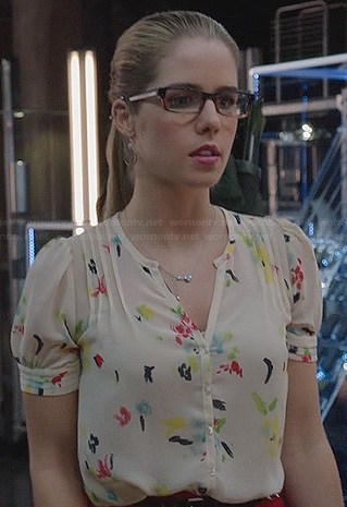 Felicity's white paint print blouse on Arrow