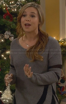 Kristin's grey chevron side sweater on Last Man Standing