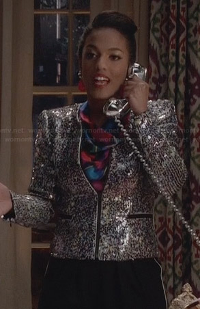 Larissa's silver sequin zip front jacket on The Carrie Diaries