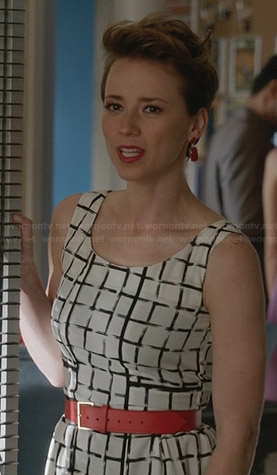 Margaux's white grid/check print dress on Revenge