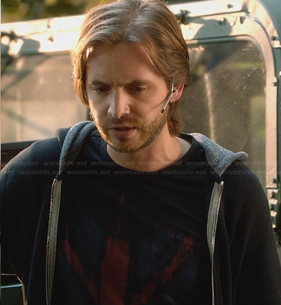 Nerd's union jack tshirt on Nikita
