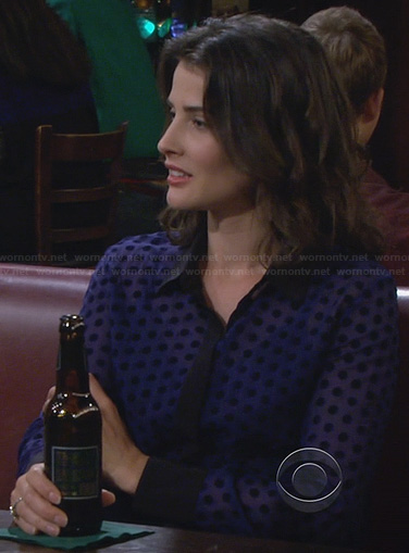 Robin's blue polka dot shirt with black trim and collar on How I Met Your Mother