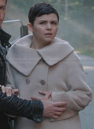 Mary's fur coat with foldover collar on Once Upon a Time
