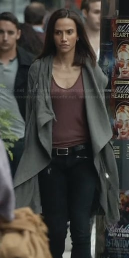 Tess's long green jacket on BATB