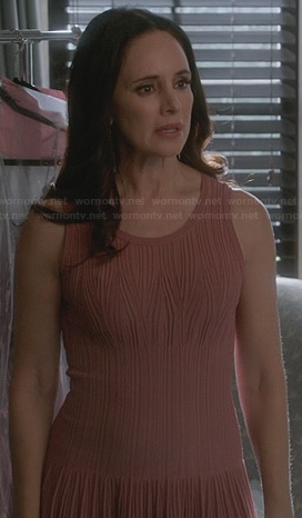 Victoria's pink pleated drop waist dress on Revenge