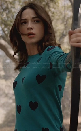 Allison's teal green heart sweater on Teen Wolf