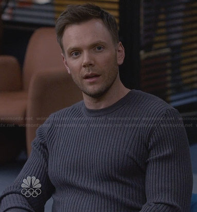 Jeff's grey ribbed sweater on Community