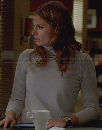 Kate's grey turtleneck sweater on Castle