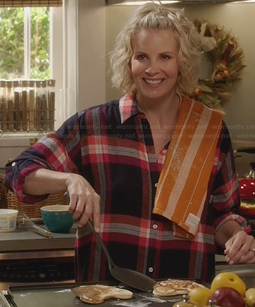 Kristina's plaid flannel pyjama shirt on Parenthood