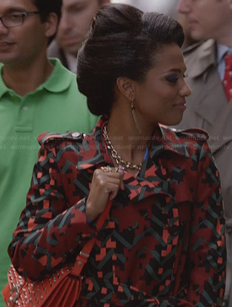 Larissa's orange geometric patterned coat on The Carrie Diaries