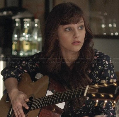 Layla's blue floral vine dress on Nashville