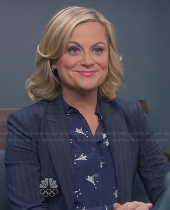Leslie's blue Eiffel tower shirt on Parks & Rec