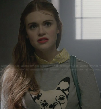 Lydia's grey bulldog sweater on Teen Wolf