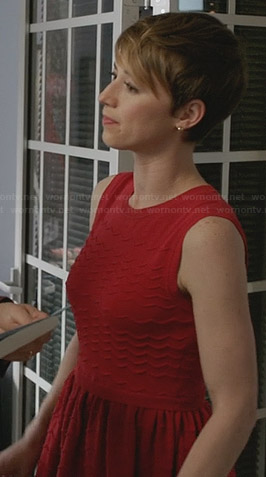 Margaux's red scalloped seam detail dress on Revenge
