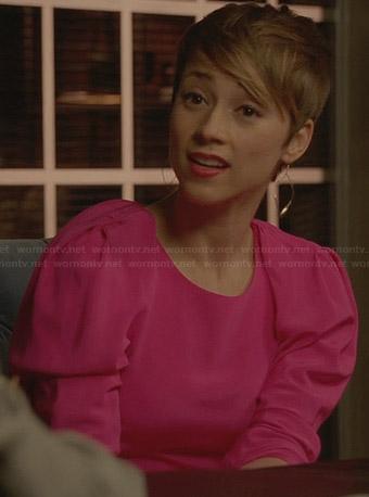 Margaux's pink puff-shoulder dress on Revenge