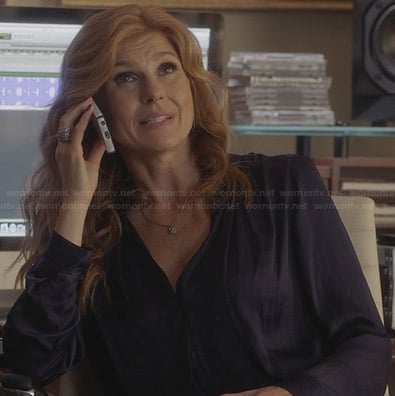Rayna's blue silky blouse on Nashville