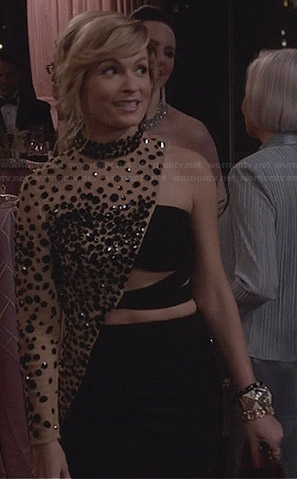 Samantha's black beaded one-shoulder gown on The Carrie Diaries